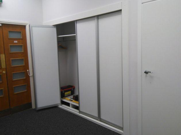 Шкаф-гардероб, встроенный в стену, 2015