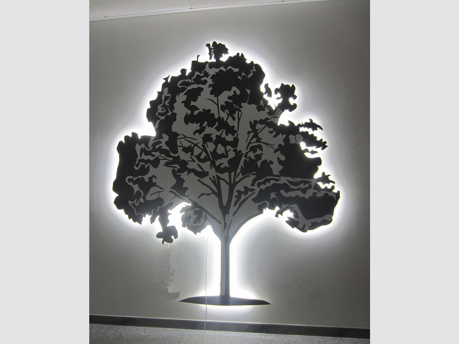 Дерево из зеркального акрила