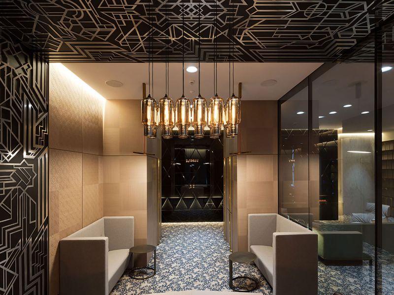 Покрытие стен алюминиевым декором (№116)