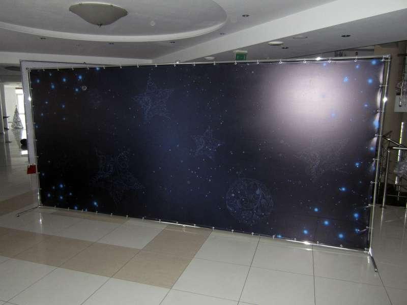 Стена для фотографирования цена изготовление фасадных вывесок заказать
