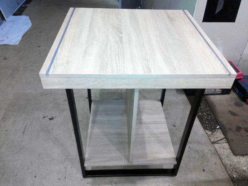 Оригинальный стол из металла и ДСП заказать (№1035)