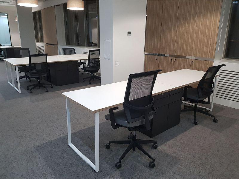 Изготовление офисных шкафов, столов Киев
