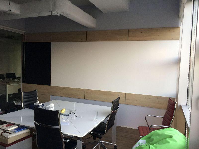 Оформление панелями стены (№735)